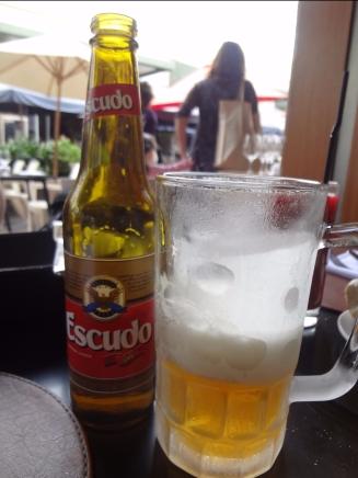 Cerveja Escudo